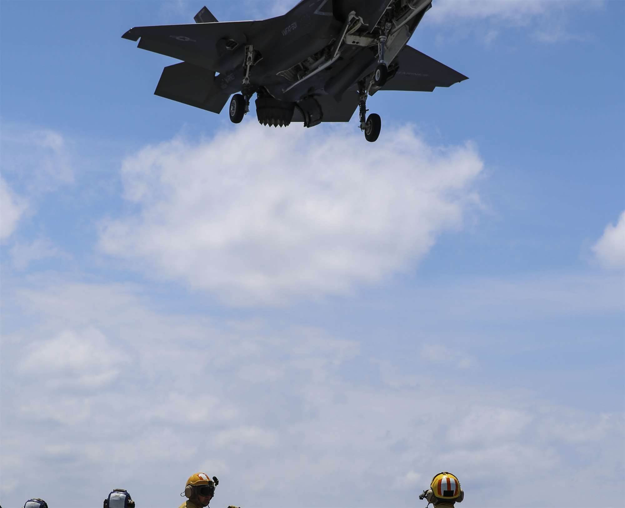Yes, the F-35B can hover-land on a ship