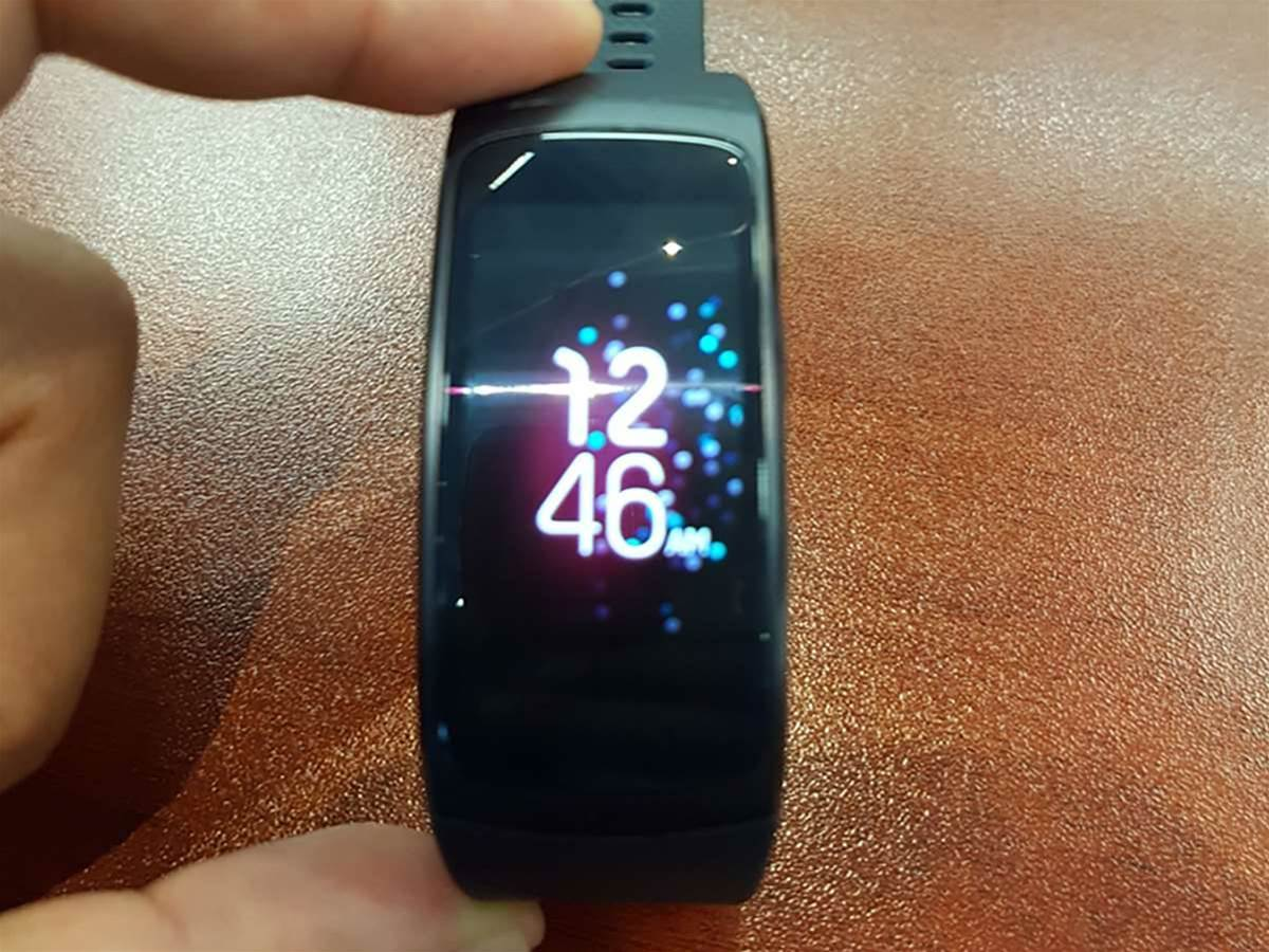 Whops! Samsung's Gear Fit 2 and IconX wireless earbuds leak, and ditch the cables
