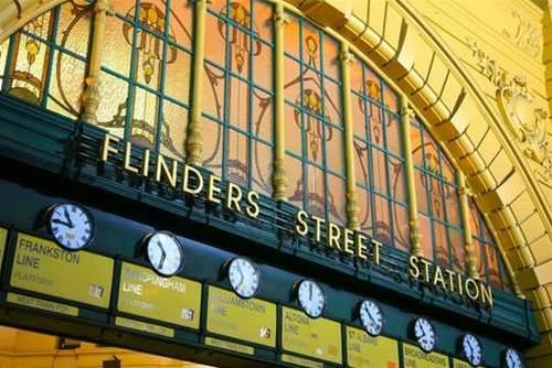 Metro Trains trials free wi-fi