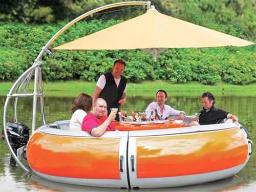 This BBQ boat will withstand even the toughest winter downpours