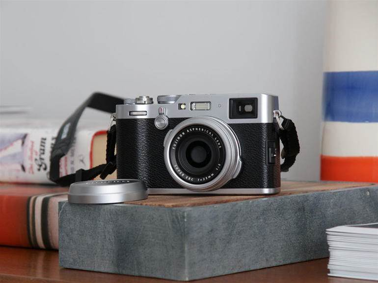 Review: Fujifilm X100F