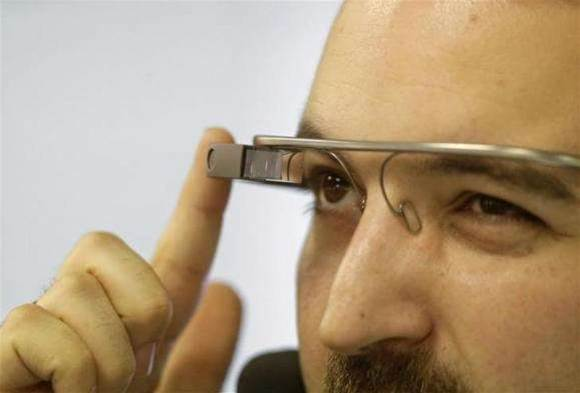 Driver escapes sanction for wearing Google Glass