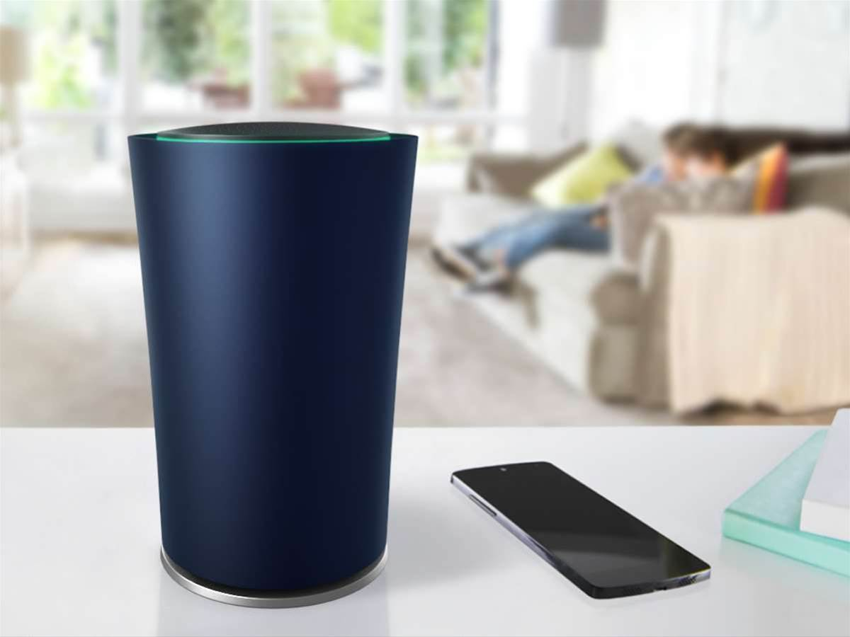 Google unveils OnHub, a smarter and simpler router