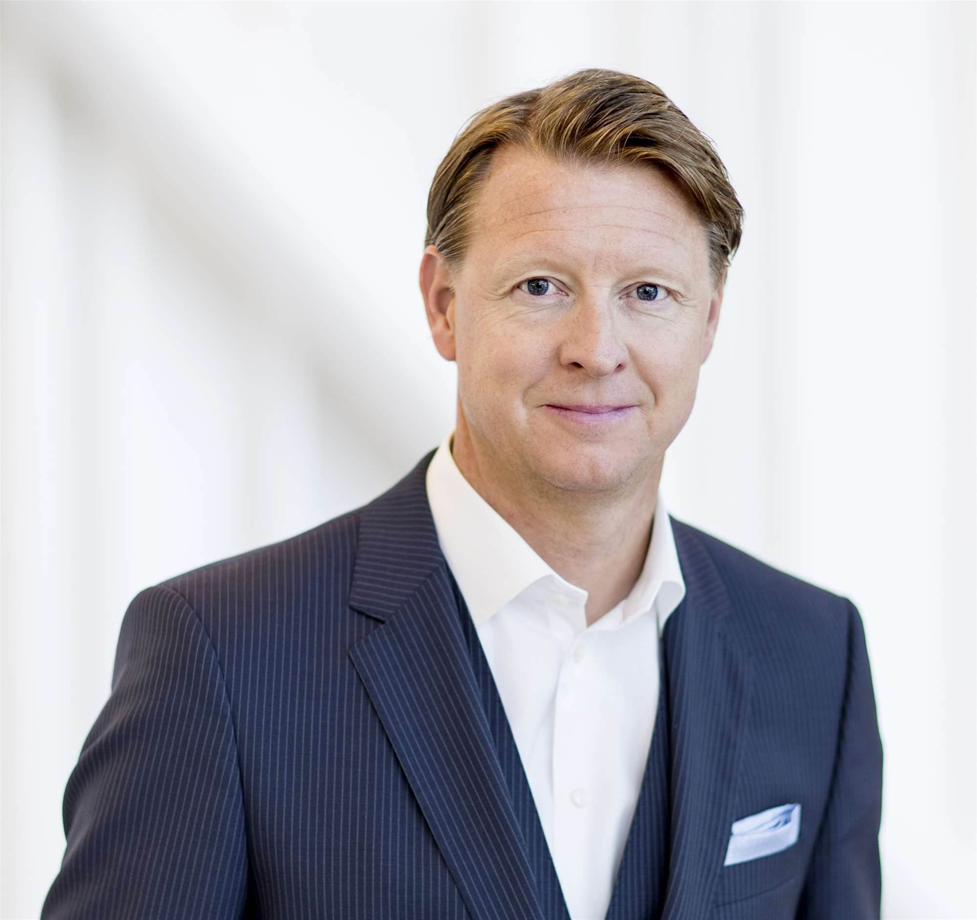 Ericsson boss booted after dire results