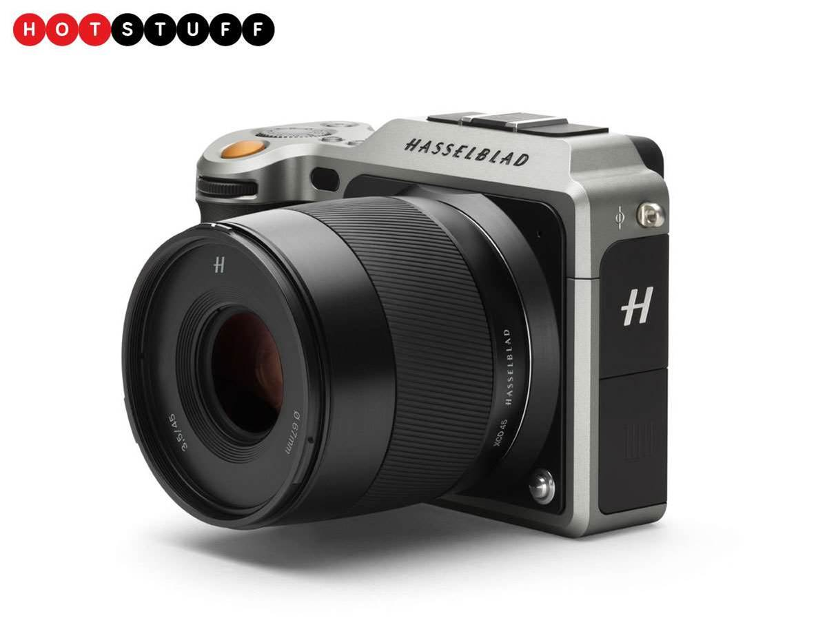 Hasselblad X1D: medium format in a compact camera
