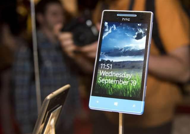 Picking a Windows Phone: HTC's new 8X vs Nokia's Lumia 920