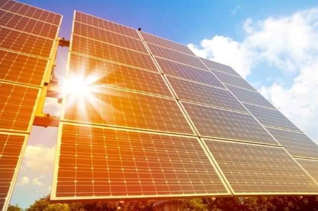 Amazon to build solar farm to power data centres