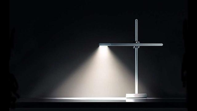 New Jake Dyson Csys Lamp Light Lasts 37 Years Pc Amp Tech