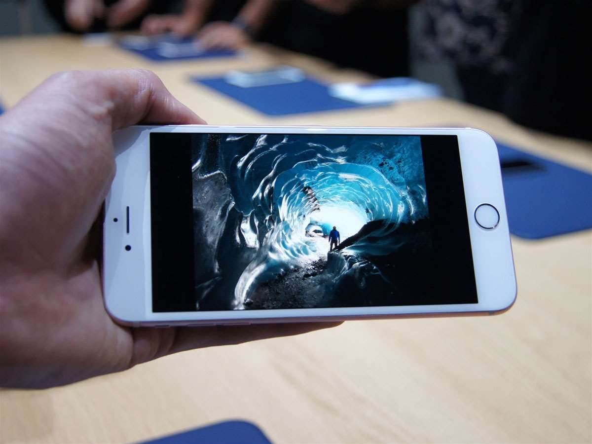 New report says Apple is ordering 100 million OLED iPhone screens for 2017