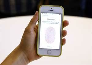 Hackers line up to crack iPhone fingerprint security