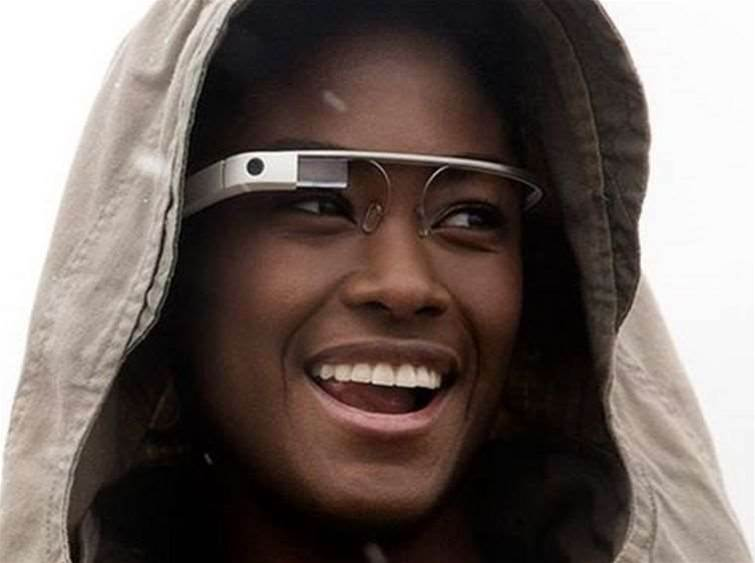 Google Glass owner dragged from cinema