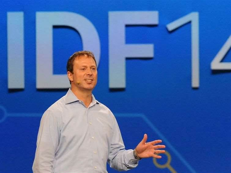 Intel predicts wireless PCs by 2015