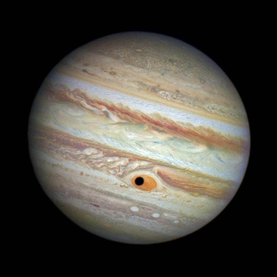 Big Pic: Jupiter Gets An Eye In Its Storm