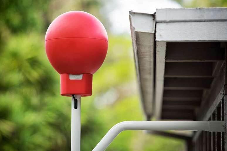 Google, Telstra trial balloon internet in Queensland