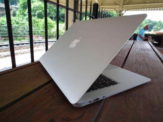 Apple's 12in Retina MacBook Air exists, set for sale this spring