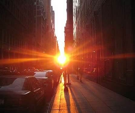 The Cosmic Alignment Known As 'Manhattanhenge' Begins Tonight