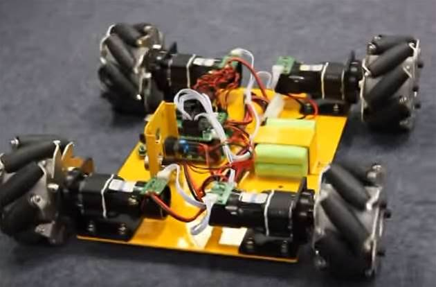 Weird Wheels Move Robot In Four Directions Without Twisting