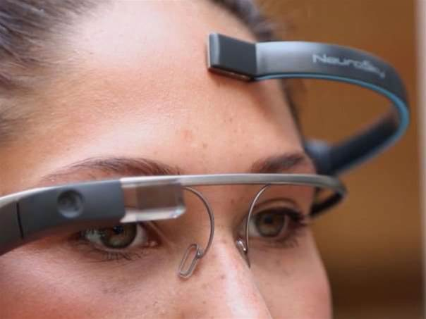 Now there's a Google Glass app controlled by your brainwaves
