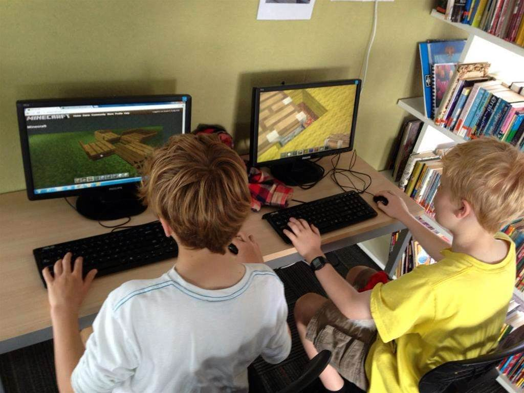 BYOD in schools stirs up controversy in Qld