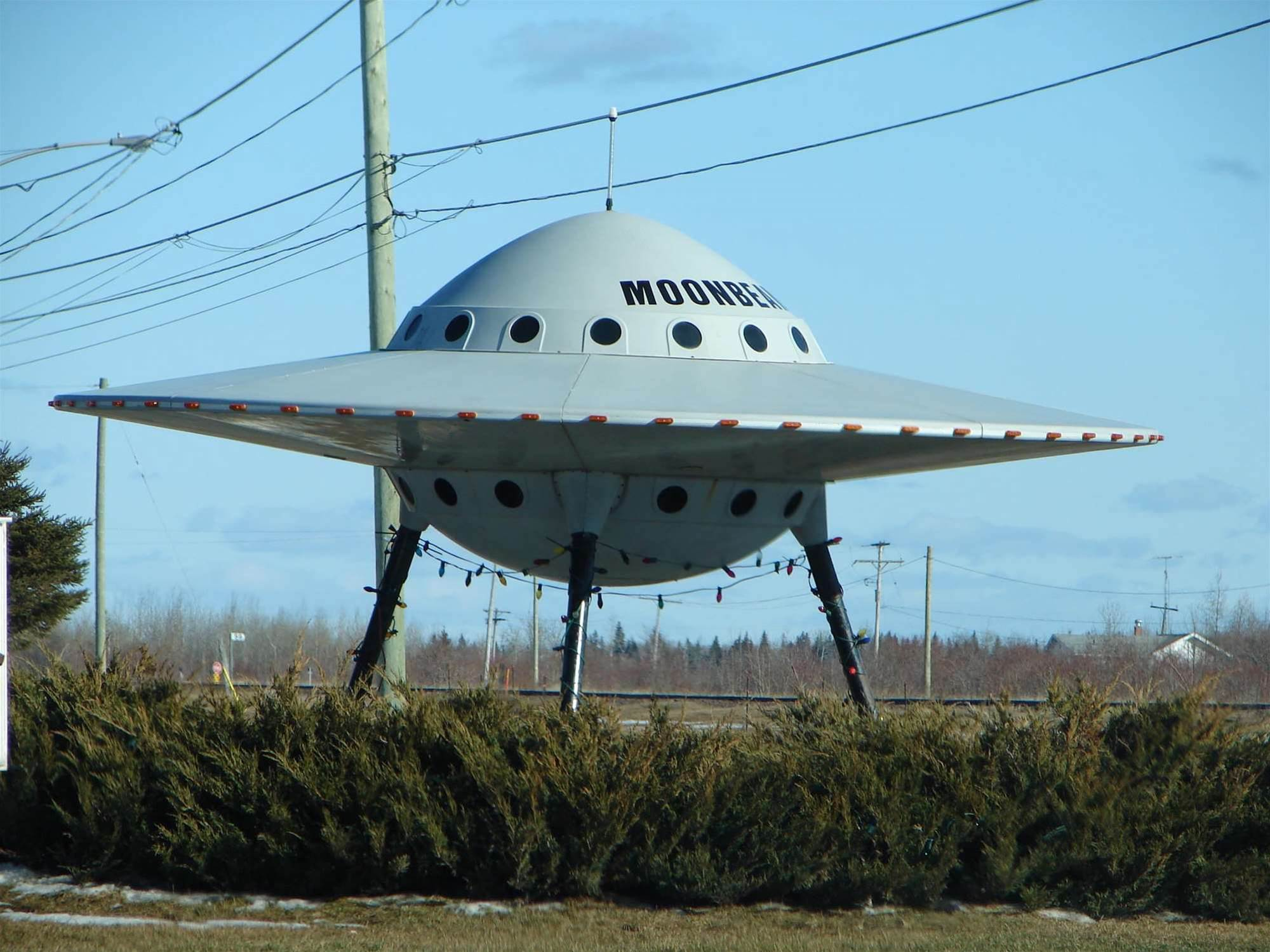 Alien Spaceships Traveling At Near Light Speeds Will Still Be Visible
