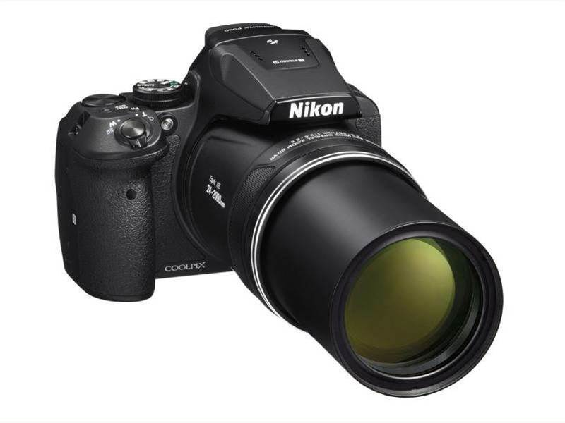 Nikon Coolpix P900 comes with 83x lens