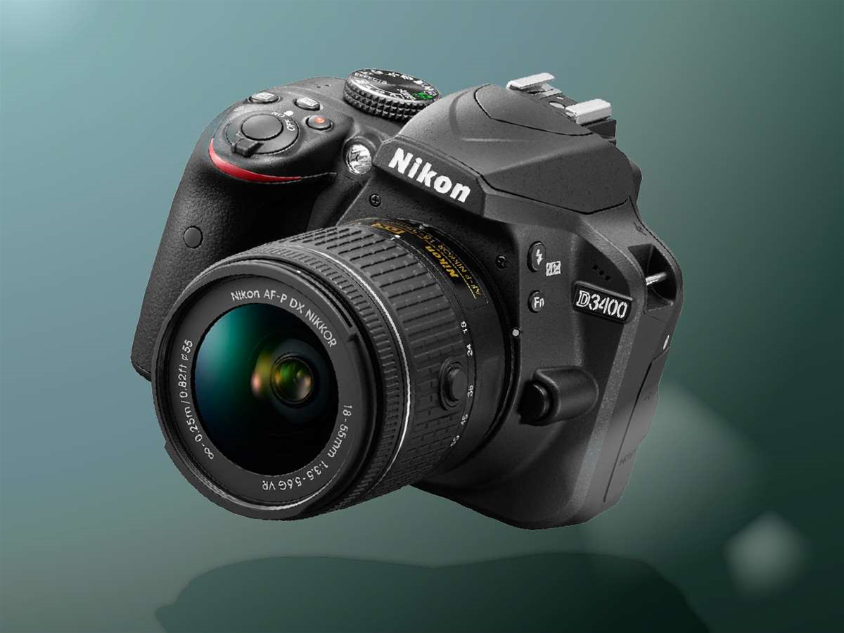 Nikon's D3400 brings Bluetooth smarts to an entry-level DSLR