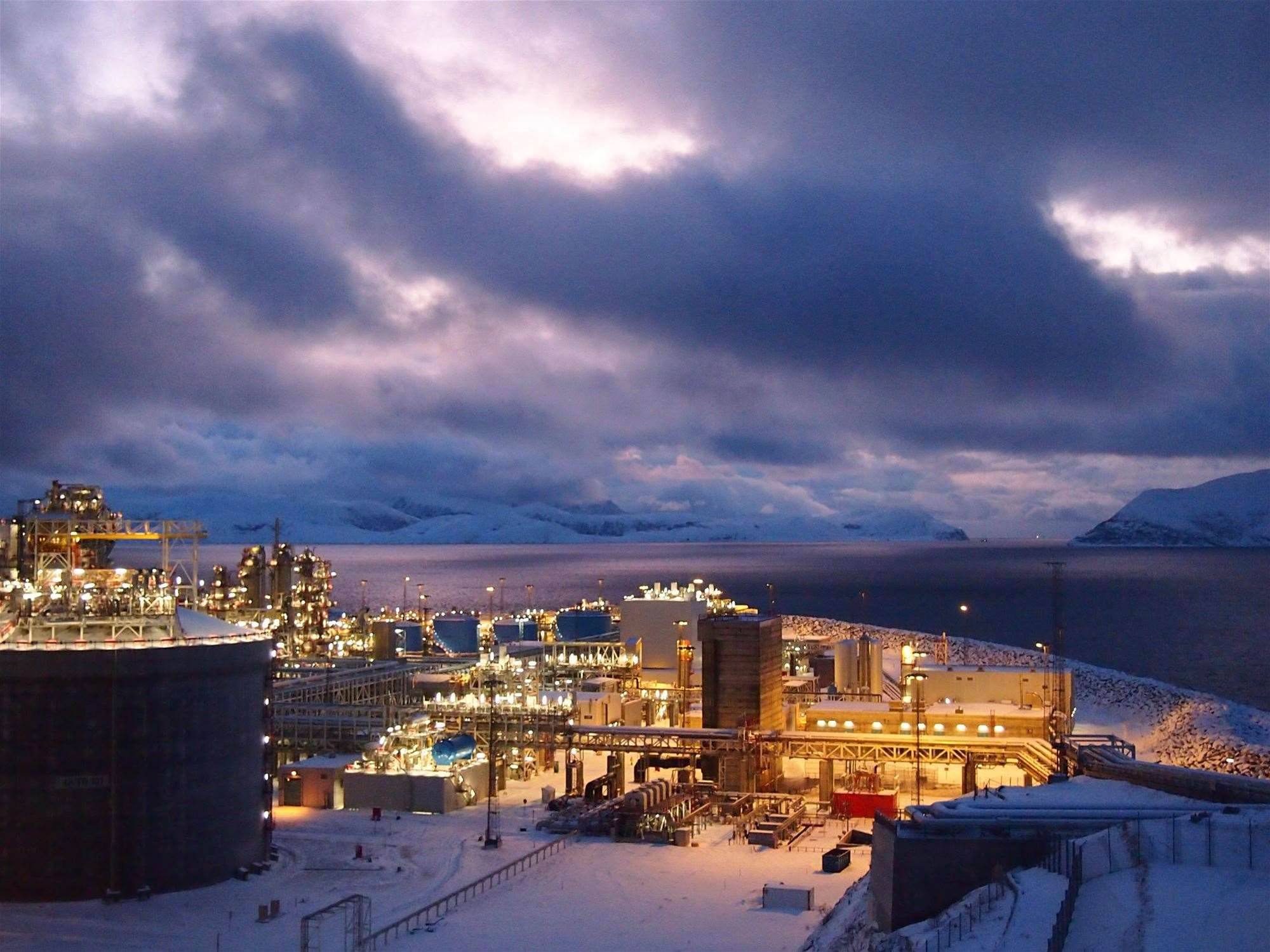 Arctic Report: How This Small Fishing Village Turned Into a Fossil Fuel Boomtown