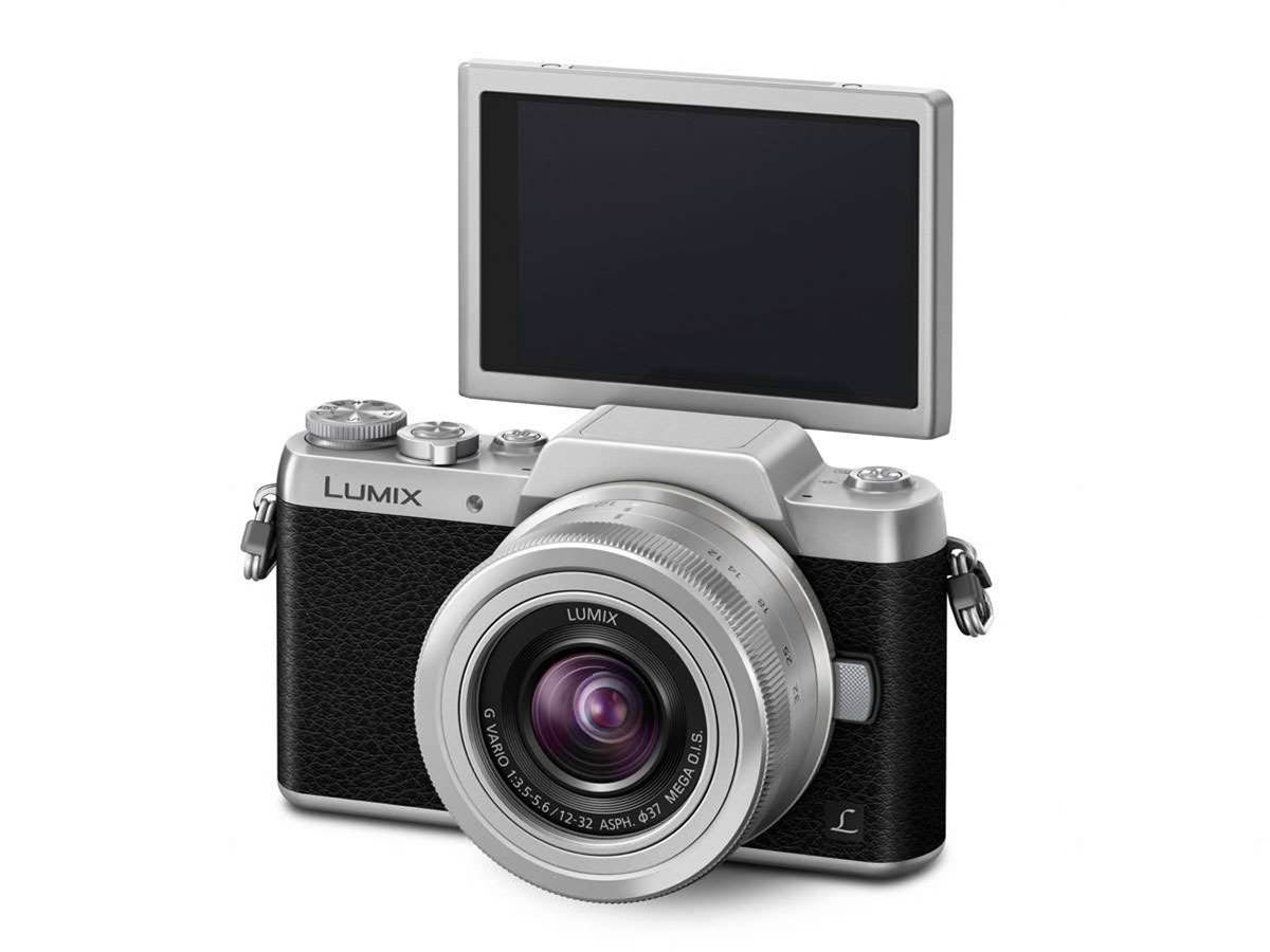 New Panasonic Lumix GF7 offers hands-free selfie mode