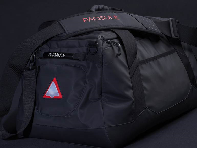 This gym bag does double duty as a washing machine