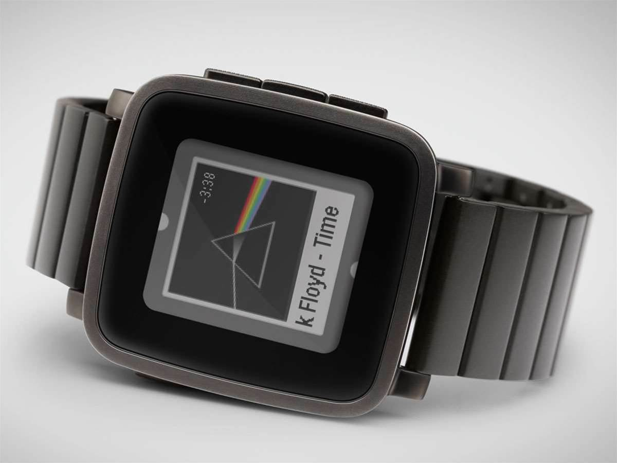 Pebble Time starts shipping for Kickstarter backers