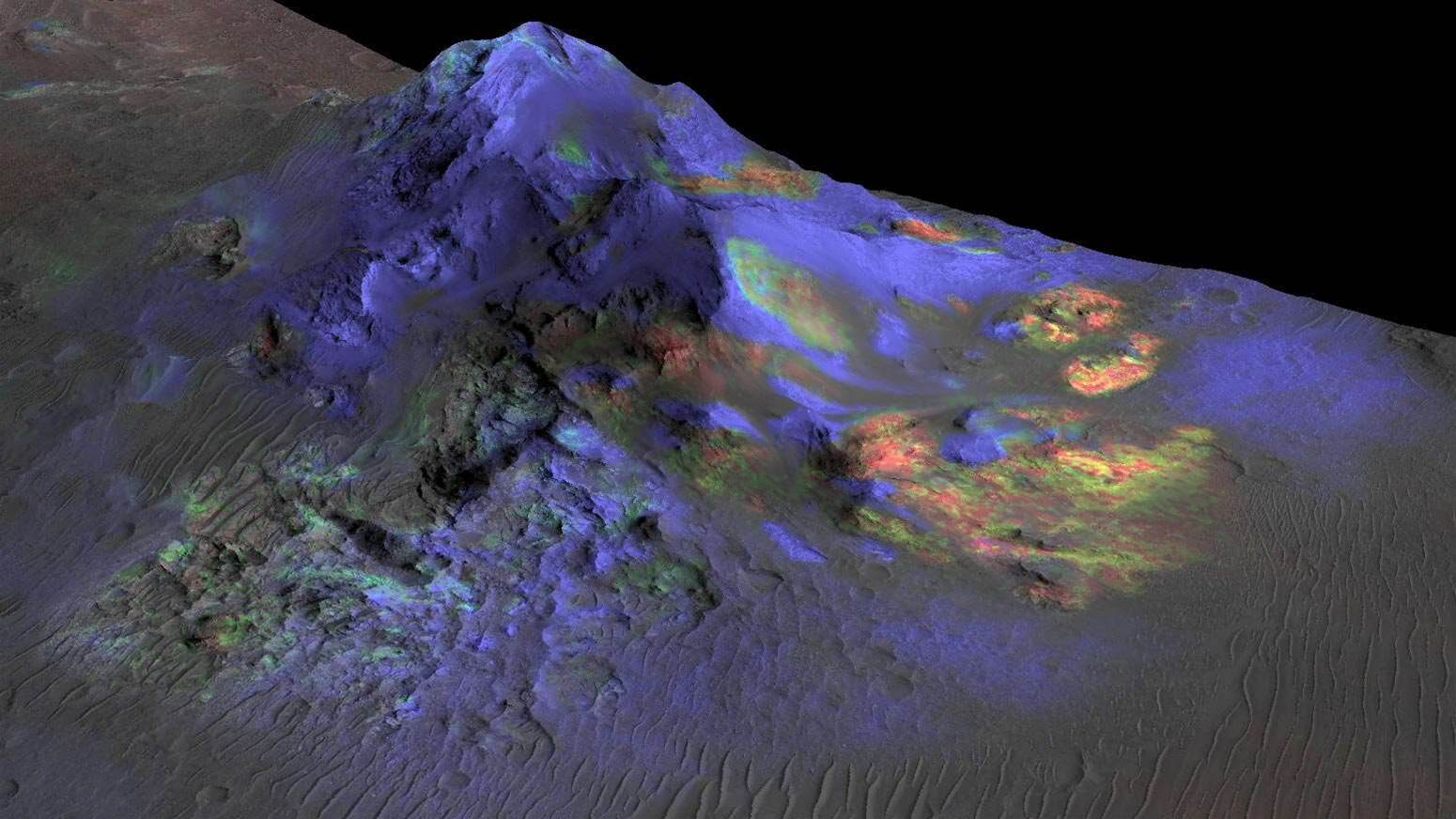 First Ever Glass Deposits Found On Martian Surface