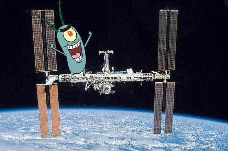Russian Cosmonauts Report Sea Plankton On The Outside Of The ISS