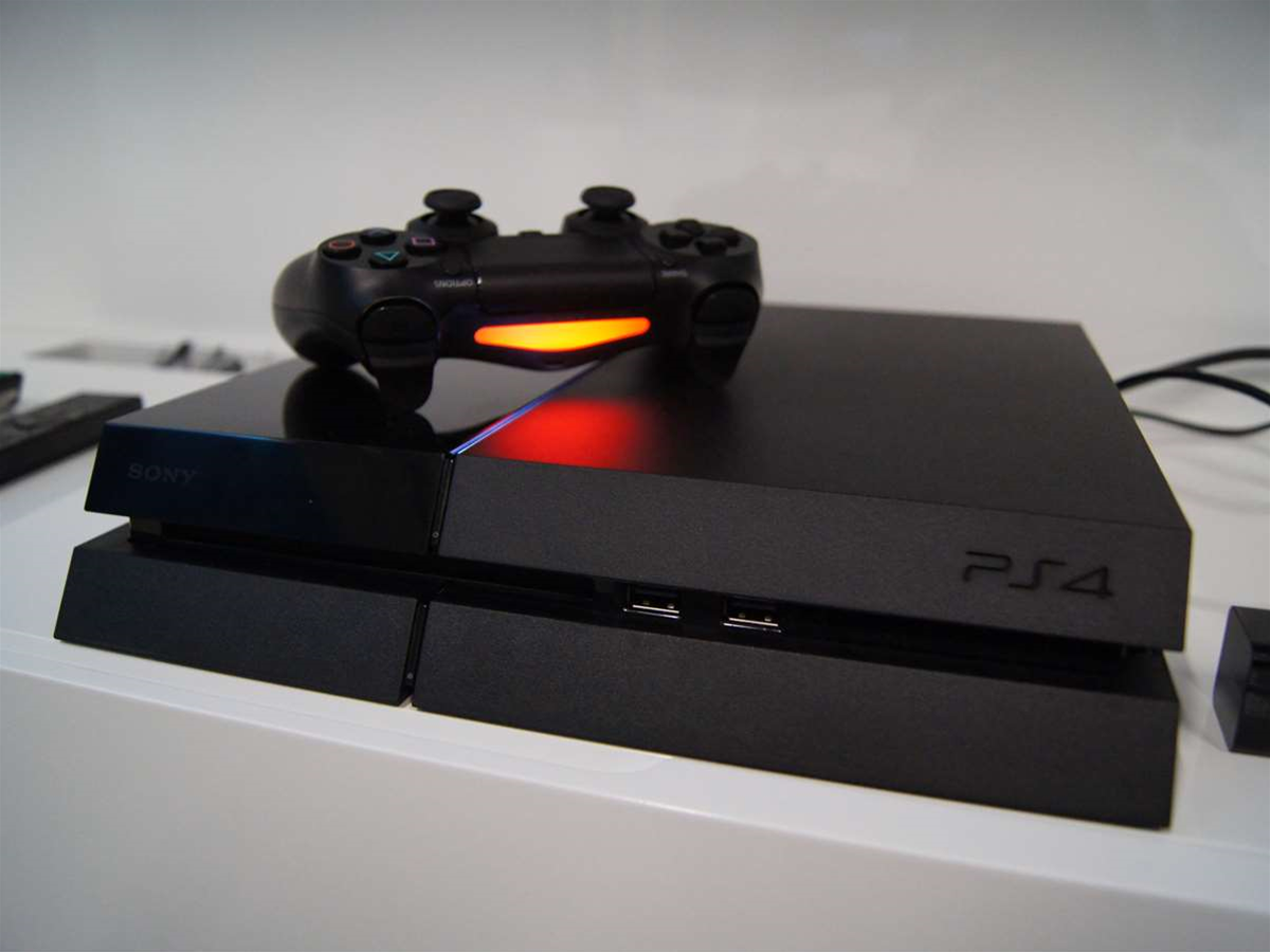 PlayStation 4 supports PS2 games… sort of