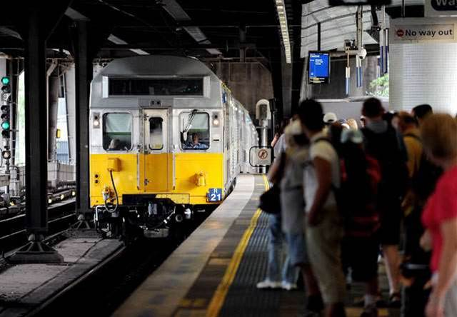 Sydney city train line gets reception upgrade