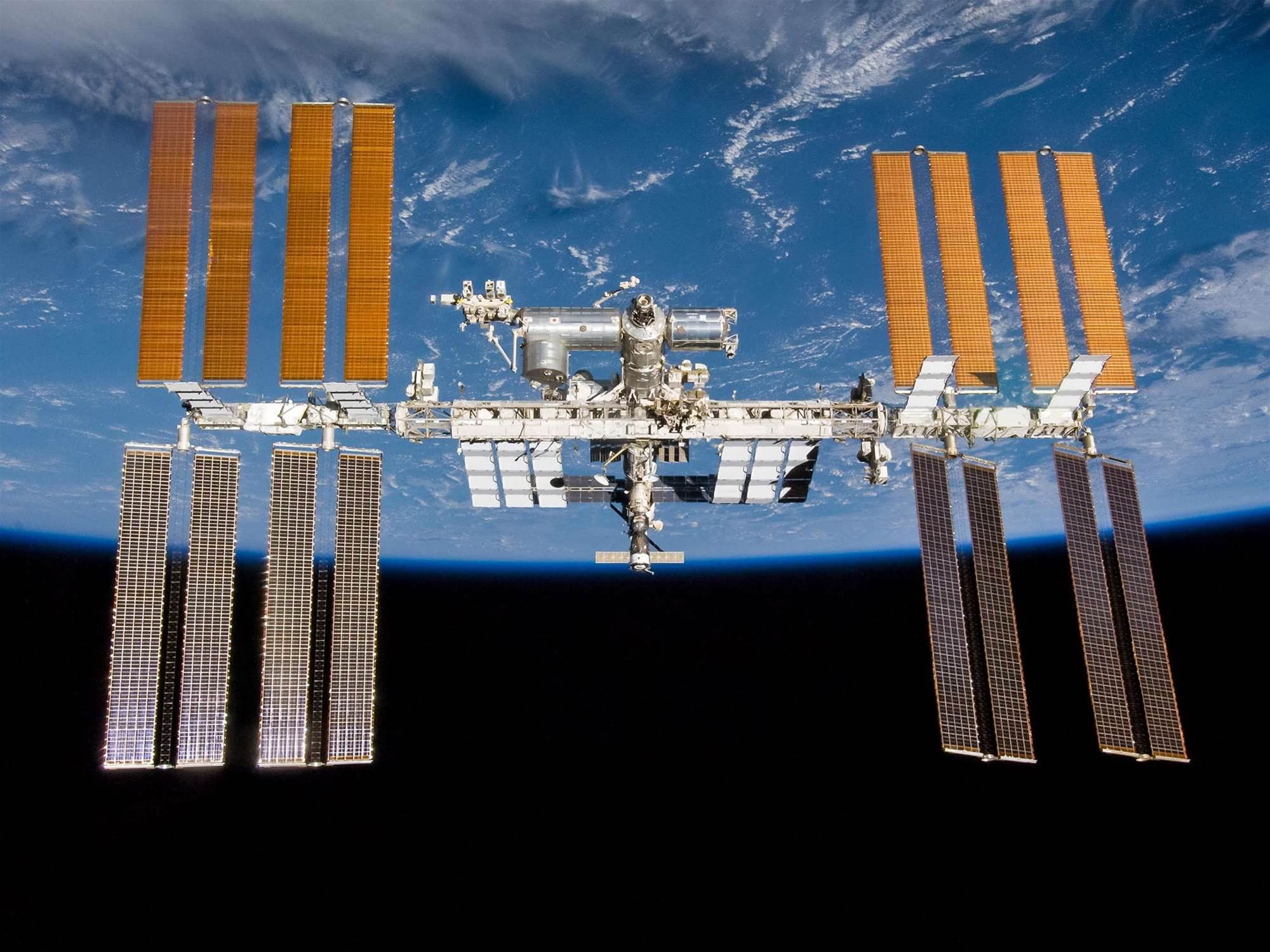 "Alleged Airplane Hacker Also ""Messed Around With The Space Station"""