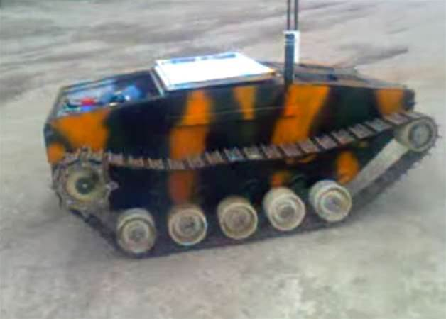 Ukrainian Volunteers Crowdfund Tiny Robot Tank