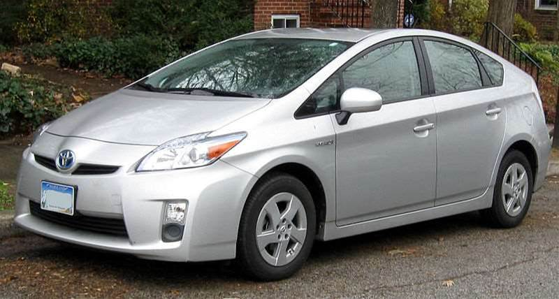 Toyota recalls two million Prius cars over software defect