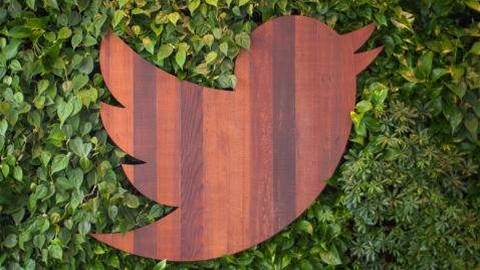 Twitter CEO steps down as 140-character limit for DMs is removed