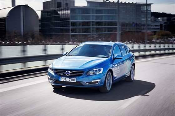 Volvo readies driverless cars for public roads
