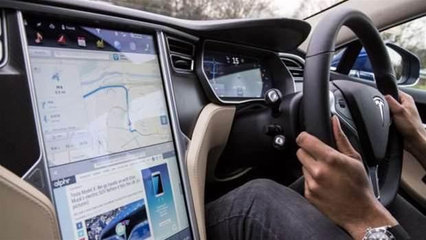 Tesla says its new driverless Autopilot update is UFO proof