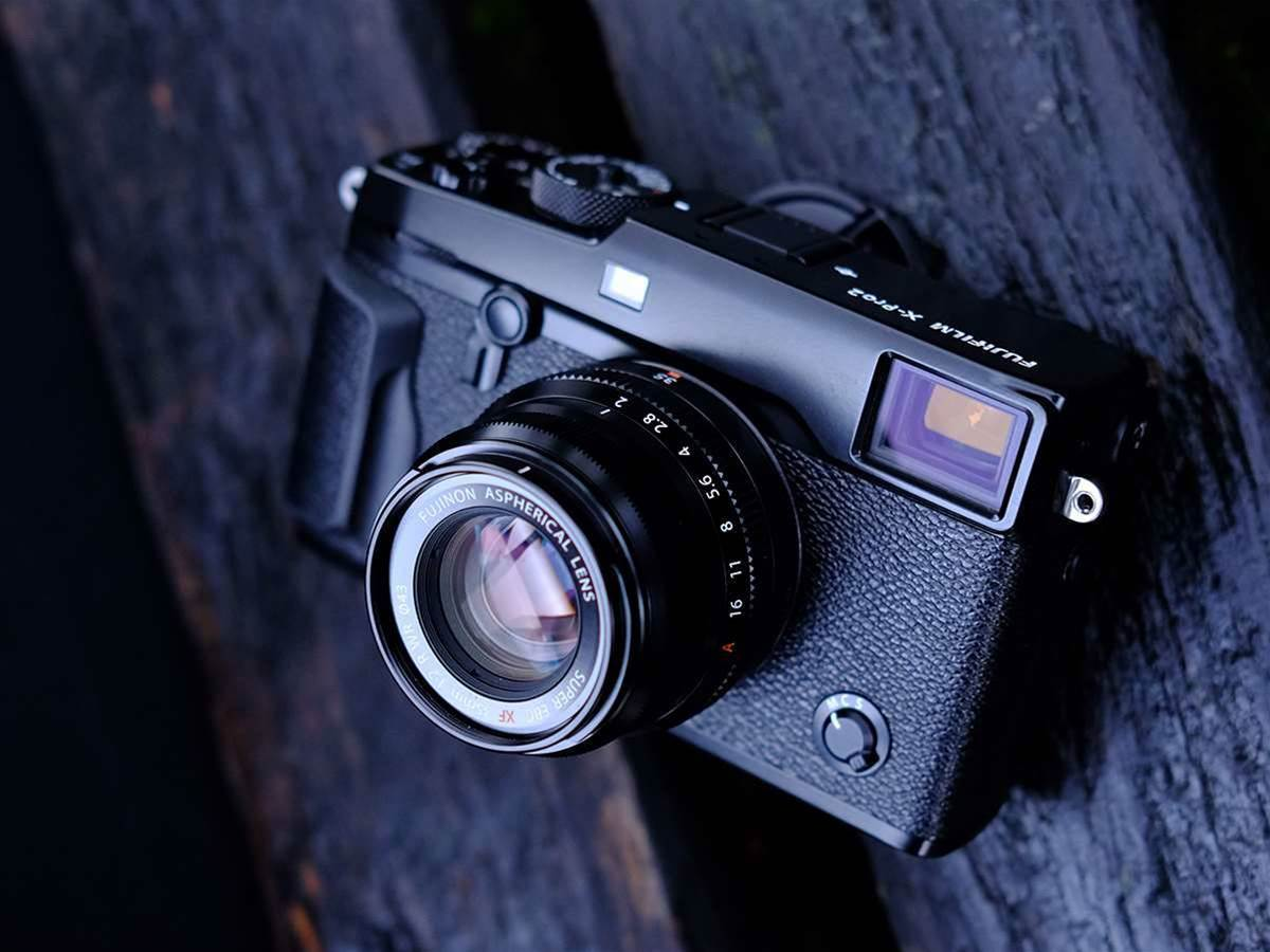 Fuji gives its retro cameras a refresh with X-Pro2, X-E2S and X70