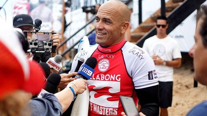 Kelly Slater, Staying Alive At Pipe