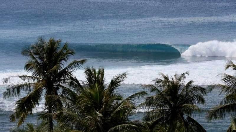 Tracks Travel: The Banyak Islands