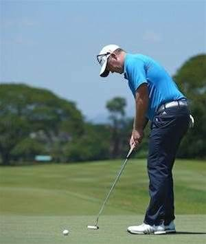 PERTH INT.: Fraser surges with white-hot putter