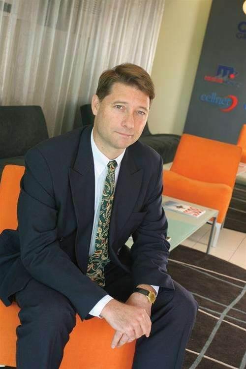Cellnet blames Telstra for mobile sales drop
