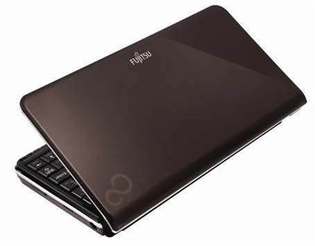 Fujitsu releases 'wallet sized' netbook