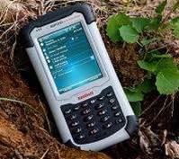 Scottish school kids get free PDAs