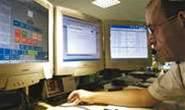 """AFP demands Facebook offer """"one click"""" police alarm"""