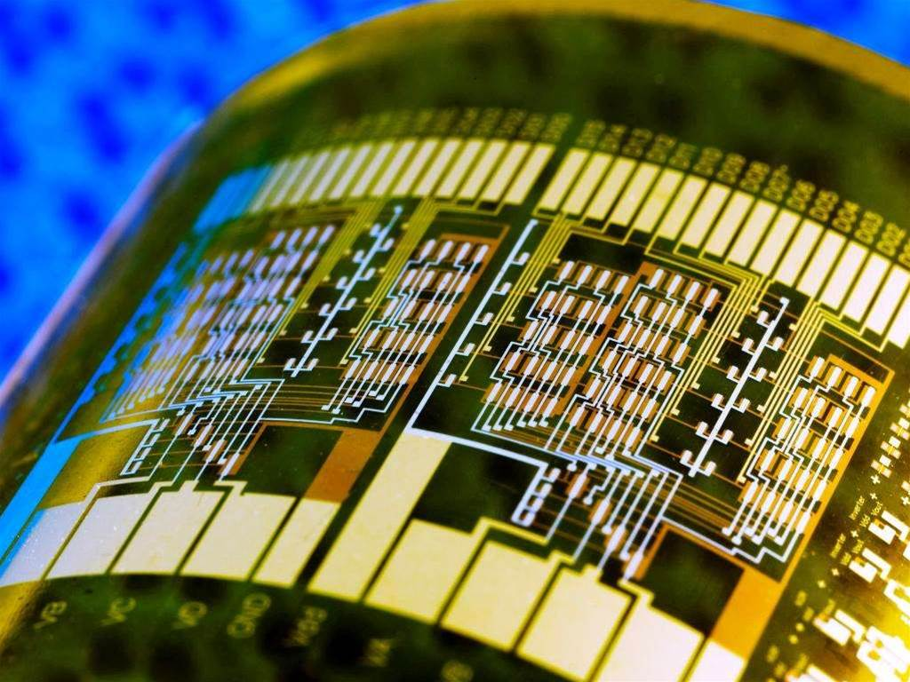 'Nanonet' circuits to enable flexible electronics