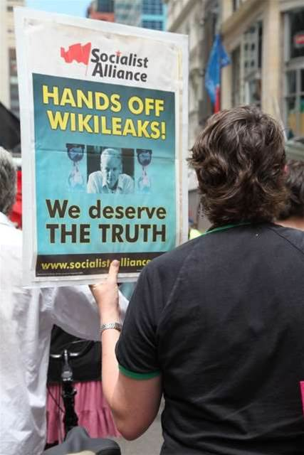 Protest: 500 rally for Wikileaks